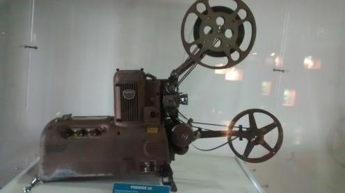 Projetor de cinema dos anos 1950 | Foto: Camila Honorato