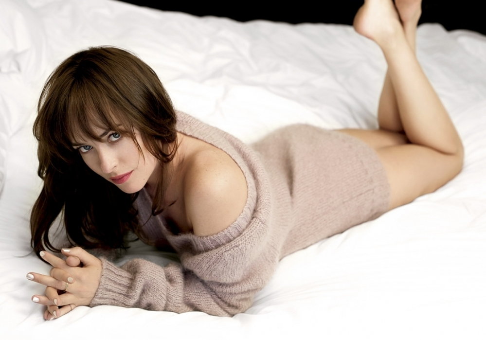 A atriz Dakota Johnson | Crédito: GLUP Magazine