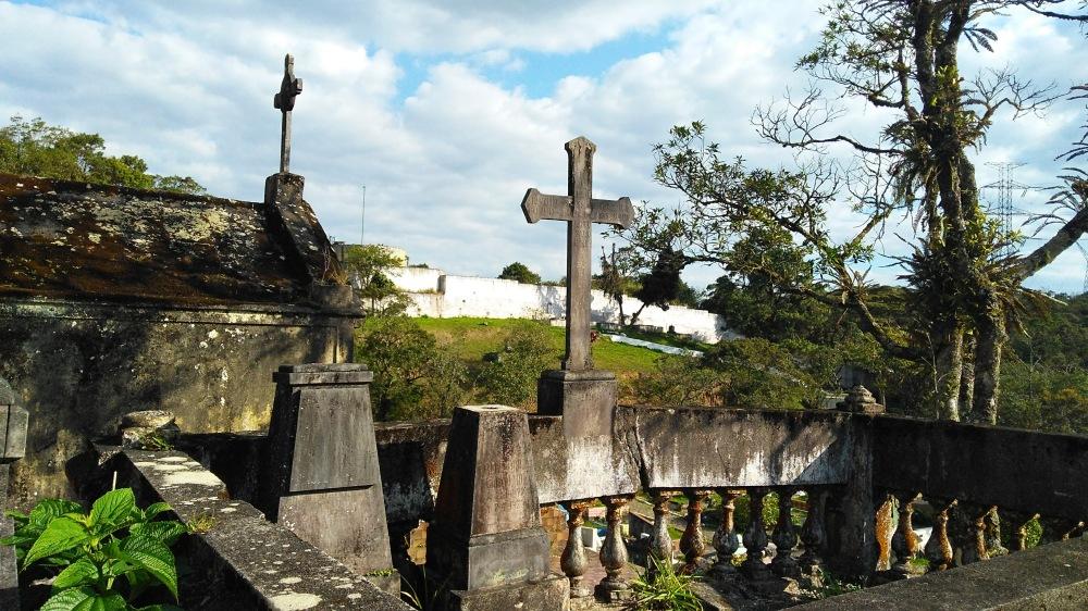 O cemitério é o primeiro ponto turístico de Paranapiacaba | Crédito: Camila Honorato