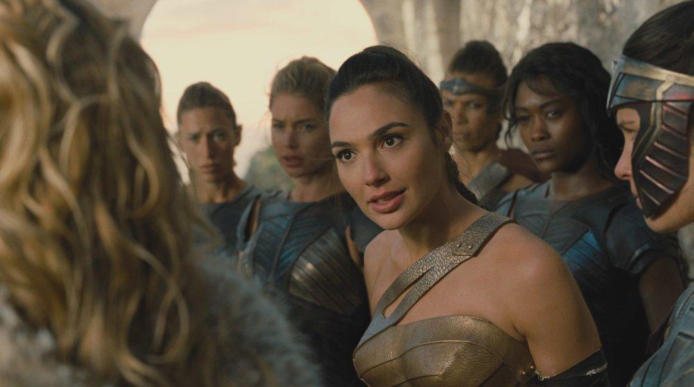 Diana (Gal Gadot) dialoga com a mãe e com as amazonas para defender o que acredita | Crédito: Divulgação