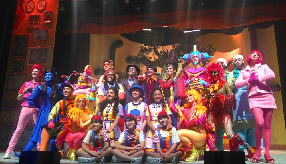 O elenco completo de Castelo Rá-Tim-Bum - O Musical reunido | Crédito: Camila Honorato